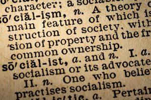 Socialism Text in einem Buch